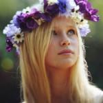 Цветочная эйфория: свадебные прически для невест с вен...