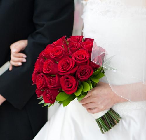 Букет невесты из красных роз