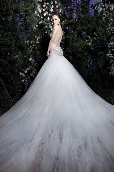 Необычные свадебные платья 2013