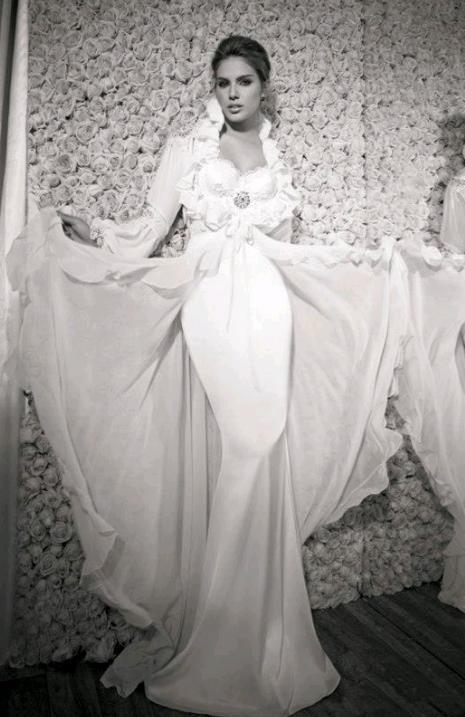 Закрытые свадебные платья 2013