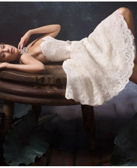 короткие свадебные кружевные платья 2013