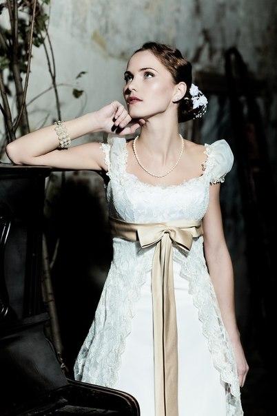Свадебные платья 2013 с бантом