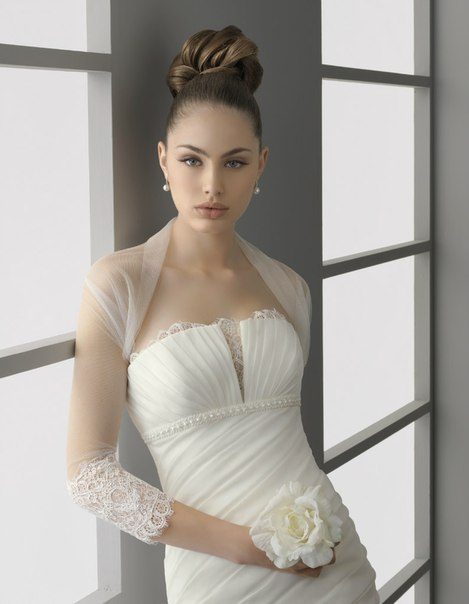 свадебные платья с кружевом 2013