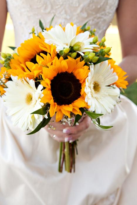 Букет невесты из подсолнухов