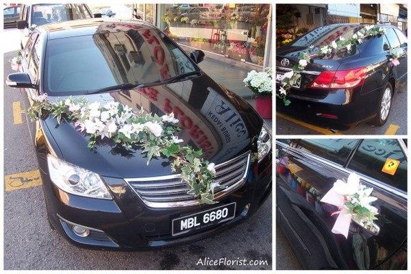 Свадебные украшения на машину из цветов