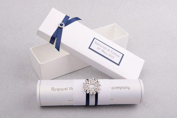 свадебные приглашения в виде свитка
