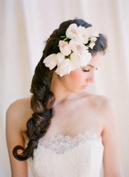 коса на бок на свадьбу