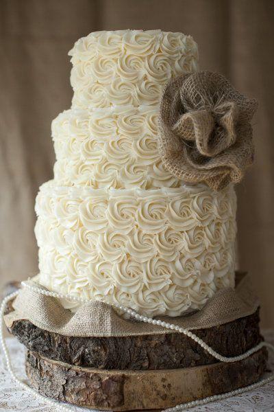 Свадебный торт в стиле рустик