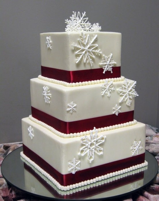 Зимний свадебный торт