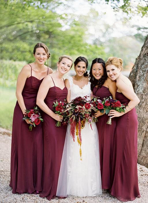 Свадьба бордового цвета