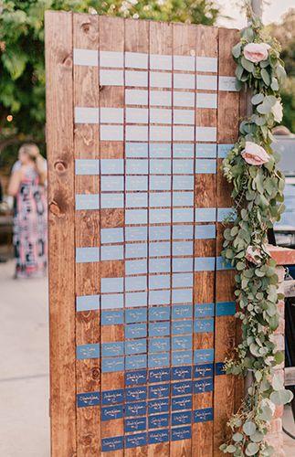Двери в оформлении свадьбы